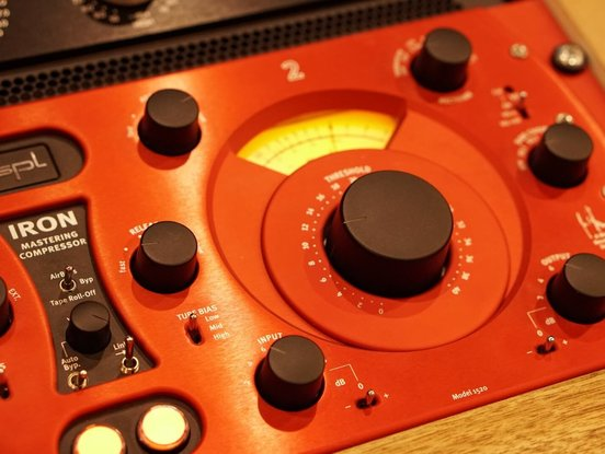 The Iron Mastering Compressor in the Soundation Studio