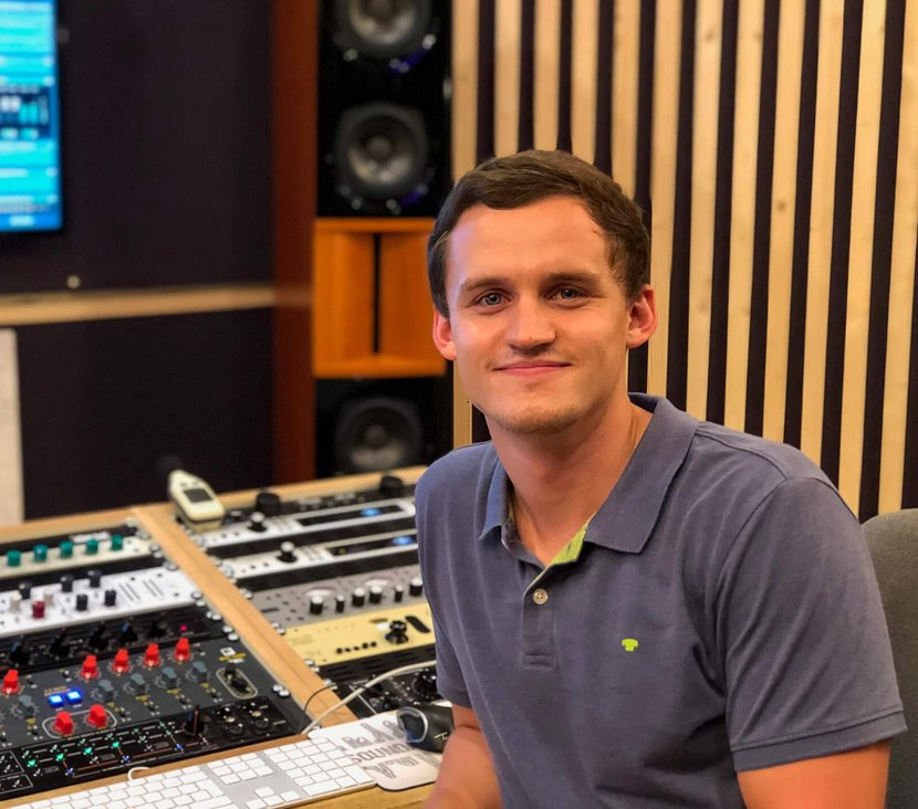 Thomas Feilner, working at Soundation Studio Mastering for your success